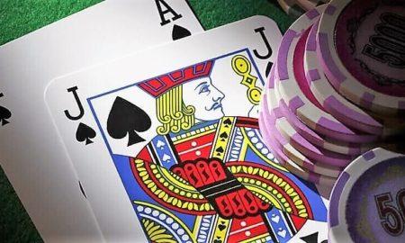 ¿Cómo jugar blackjack en casa?