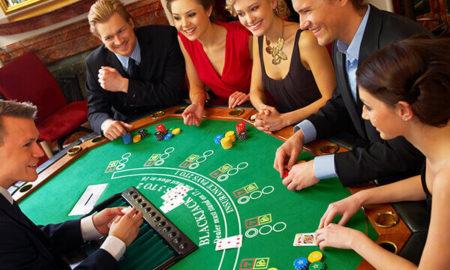 ¿Cómo jugar blackjack con amigos?